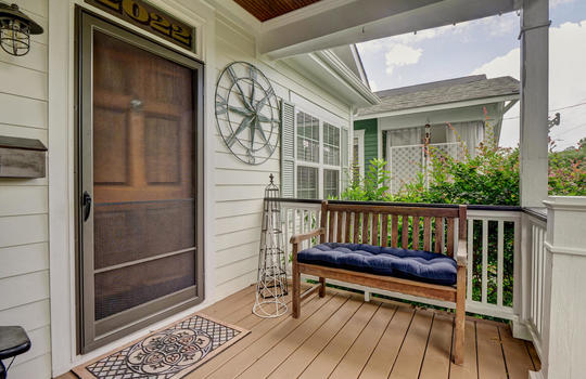 2022-Metts-Ave-Wilmington-NC-large-004-004-Front-Porch-1497×1000-72dpi