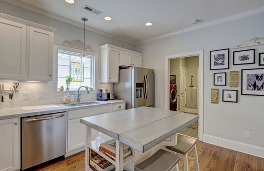 2022-Metts-Ave-Wilmington-NC-large-013-025-Kitchen-1497×1000-72dpi