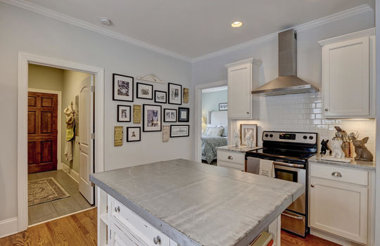 2022-Metts-Ave-Wilmington-NC-large-014-015-Kitchen-1497×1000-72dpi
