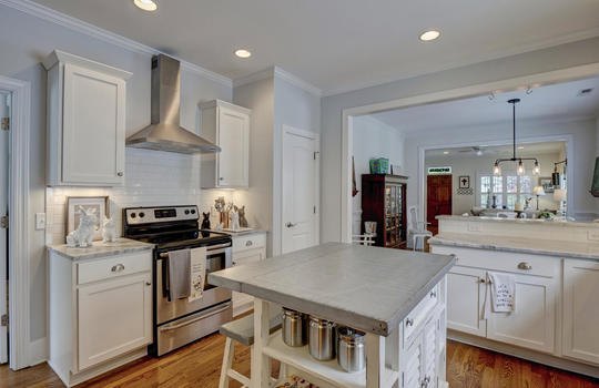 2022-Metts-Ave-Wilmington-NC-large-015-007-Kitchen-1497×1000-72dpi
