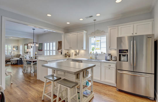 2022-Metts-Ave-Wilmington-NC-large-016-029-Kitchen-1497×1000-72dpi