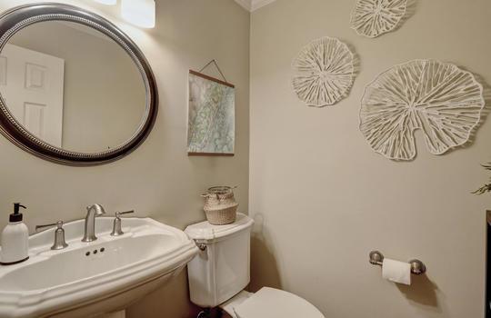 3317-Tipton-Ct-Wilmington-NC-large-014-012-Half-Bathroom-1498×1000-72dpi