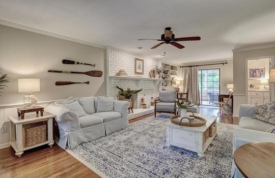 3317-Tipton-Ct-Wilmington-NC-large-018-028-Living-Room-1497×1000-72dpi