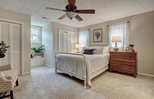 3317-Tipton-Ct-Wilmington-NC-large-019-022-Master-Bedroom-1497×1000-72dpi