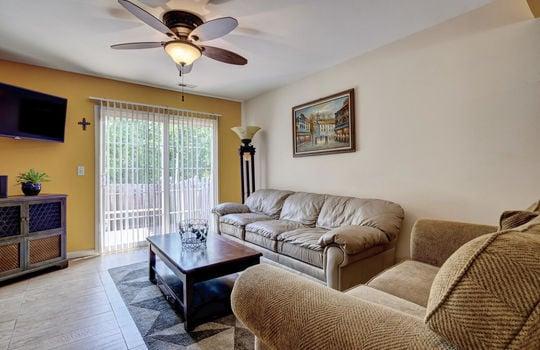 3958-Winds-Ridge-Dr-Wilmington-large-012-013-Living-Room-1498×1000-72dpi