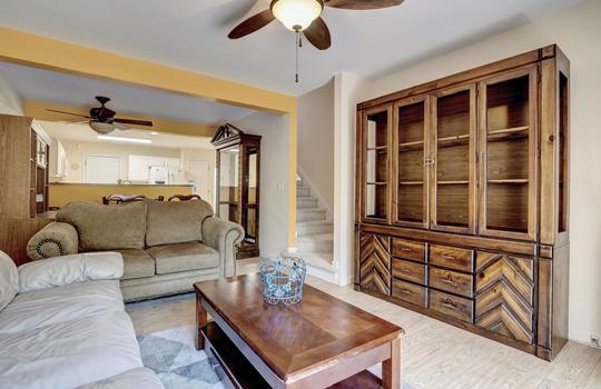 3958-Winds-Ridge-Dr-Wilmington-large-015-006-Living-Room-1497×1000-72dpi