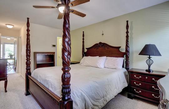3958-Winds-Ridge-Dr-Wilmington-large-018-031-Living-Room-1498×1000-72dpi