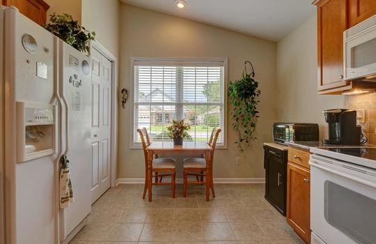 4924-Coronado-Dr-Wilmington-NC-large-006-004-Kitchen-1496×1000-72dpi