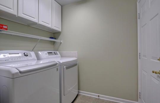 4924-Coronado-Dr-Wilmington-NC-large-009-008-Laundry-Room-1497×1000-72dpi