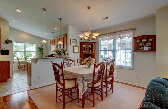 4924-Coronado-Dr-Wilmington-NC-large-011-010-Dining-Room-1497×1000-72dpi