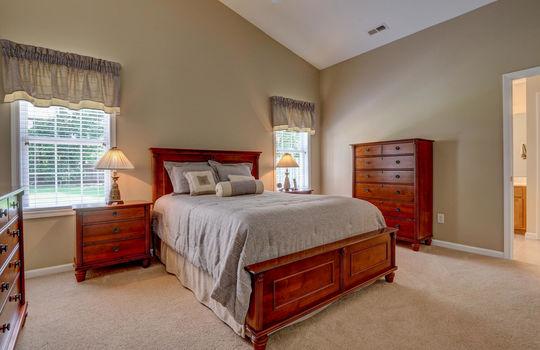 4924-Coronado-Dr-Wilmington-NC-large-019-020-Master-Bedroom-1497×1000-72dpi