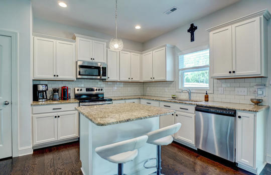 70-Peoples-Ct-Hampstead-NC-large-011-009-Kitchen-1497×1000-72dpi