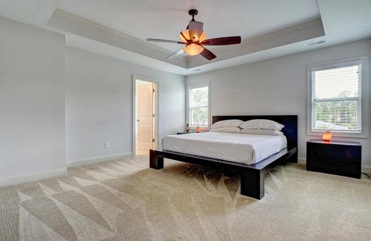 70-Peoples-Ct-Hampstead-NC-large-016-013-Master-Bedroom-1497×1000-72dpi