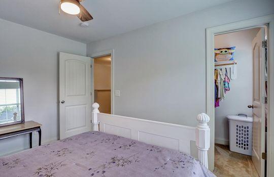 70-Peoples-Ct-Hampstead-NC-large-023-017-Bedroom-3-1497×1000-72dpi