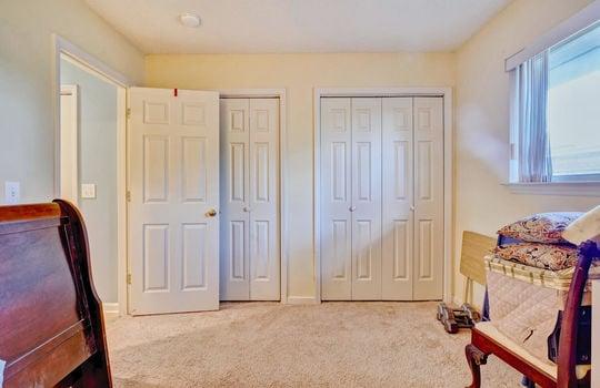 936-Summerlin-Falls-Ct-large-030-006-Bedroom-2-1497×1000-72dpi