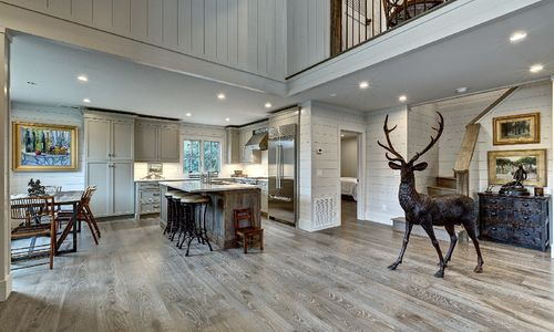 selling Highlands NC homes
