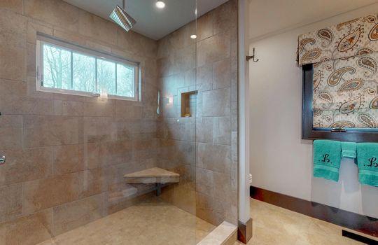156-Upper-Brushy-Face-Rd-Highlands-NC-28741-Guest-Bath_3