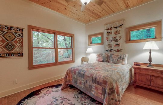 976-Blue-Valley-Rd-Highlands-NC-28741-Website-Photos-Guest-House-09