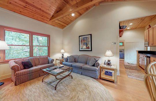 976-Blue-Valley-Rd-Highlands-NC-28741-Website-Photos-Guest-House-17