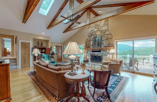 976-Blue-Valley-Rd-Highlands-NC-28741-Website-Photos-Main-House-112