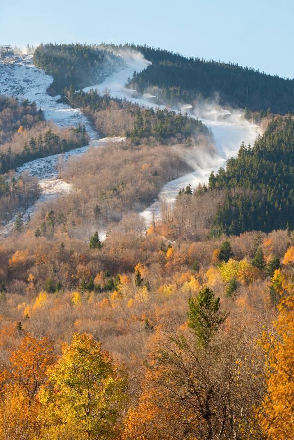 Snowmaking on Aurora Peak
