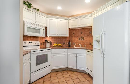 Jordan Suite Kitchen