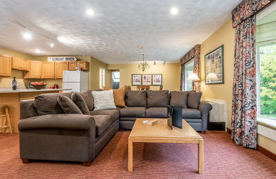 3-bed living room